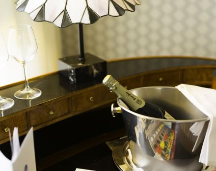 Romantic Room Best Western Artdeco Hotel Rome Hote 4 star in Rome