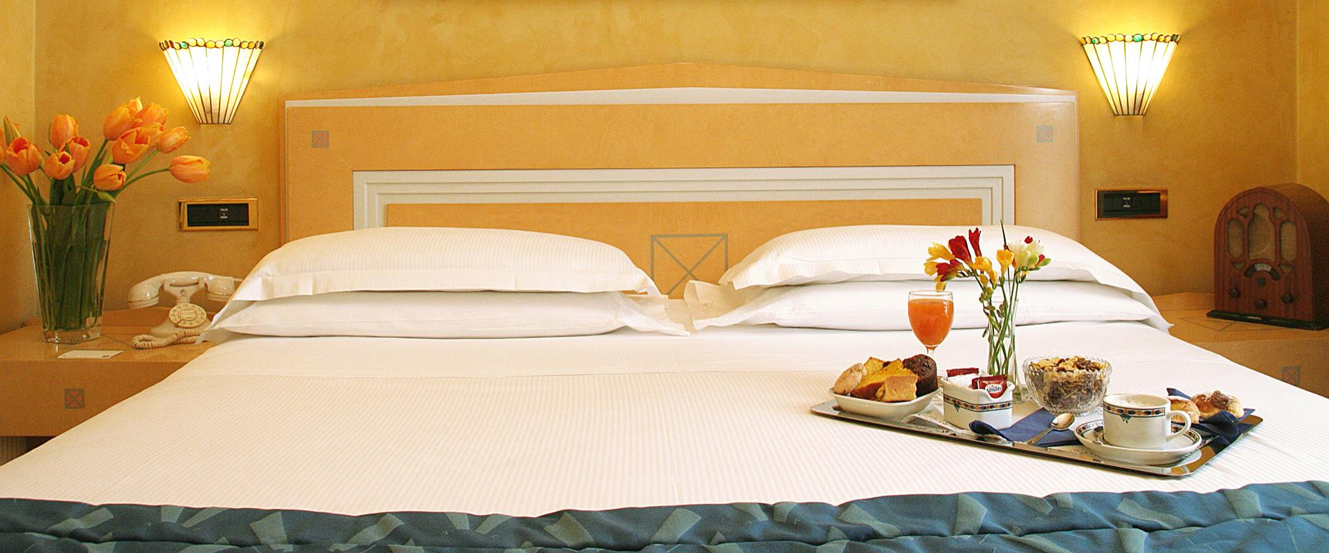 Book our confortable 4 star hotel in Rome and take advantage of unmissable offers.